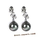 Dpe002 9.5-10mm black round tahitian pearl  diamond earings in 18K white gold