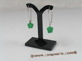 Je009 Five pairs plated silver Green Jade arched wire dangle earrings--summer collection