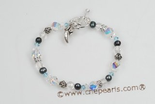 pbr370 Classic Sterling Silver Cutured Pearl and Faceted Crystal Bracelet