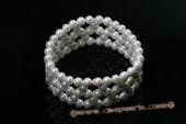 Pbr376 Hand Knitted Round Shell Pearl Stretchy Bracelet