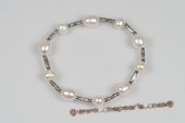 Pbr391 White Cultured  Freshwater Pearl Stretchy Wrist Bracelet