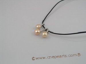 pn035 Black rubber cord  necklace with 3pcs pink pearls
