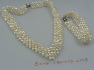 PNSET017 4-5mm white potato shape freshwater pearl choker necklace & bracelet