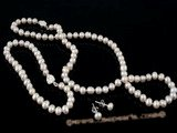 Pnset231 Enticing hand-knotted 4-5mm freshwater seed pearl necklace set