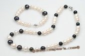 pnset543 Freshwater White and Black Potato Pearl Necklace Jewerly Set
