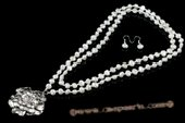 pnset558 Handknotted White Freshwater Nugget Pearl Rope Necklace with Flower Pendant