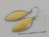 se020 15*30mm nature color oval sea shell dangle earrings with 925 silver hook