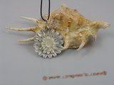sp026 40mm sea shell carved sunflower pendant