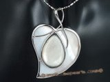 sp130 wholesale 40mm heart pattern mother of pearl shell pendant