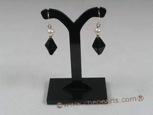 spe115 Sterling faceted black crystal beads and pearl dangle Earring