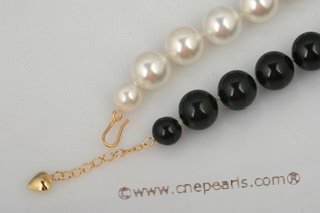 Spn048 Hand knotted 16mm White and Black Round Shell Pearl princess necklace