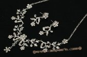 Wnset006 Hand-crafted Rhinestone Floral Treasure Jewelry Set