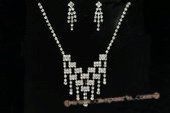 Wnset019 Hand-crafted Sparkle Cubic Zirconias Jewelry Set