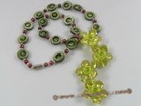 ZN048 Wine red seed pearl& shell necklace with green layer flower zircon pendant